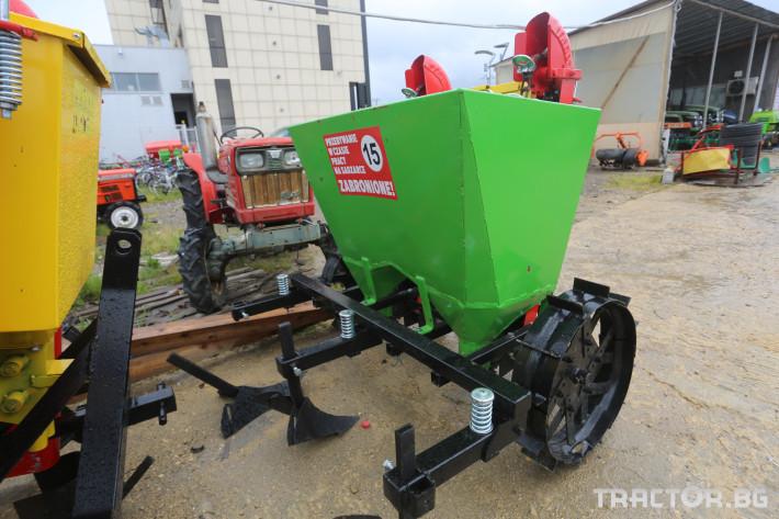 Машини за зеленчуци Картофосадачка двуредова 5 - Трактор БГ