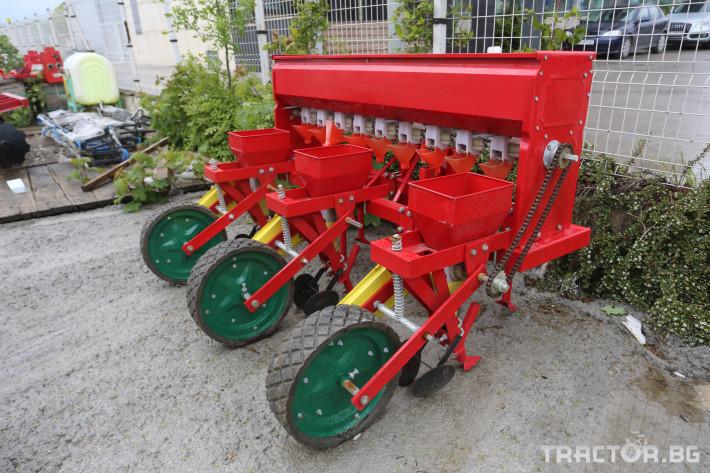 Сеялки Сеялка за слята повърхност и окопни култури 2 - Трактор БГ